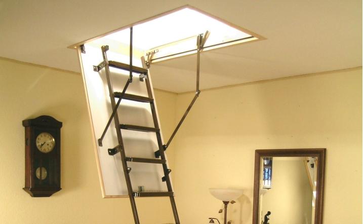 фото лестницы на мансардный этаж